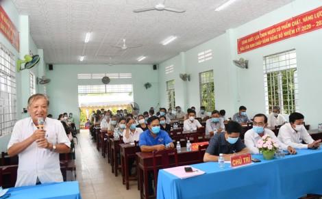 Ứng viên đại biểu Quốc hội khóa XV, HĐND tỉnh tiếp xúc cử tri tại huyện Ba Tri và Chợ Lách