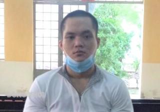 Cướp giật tài sản, bị tòa phạt 4 năm 6 tháng tù