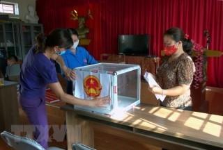 Giải đáp thắc mắc trực tuyến thông tin bầu cử