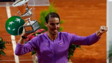 Nadal áp sát kỷ lục danh hiệu lớn của Djokovic