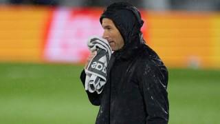 Zidane quyết định rời Real Madrid