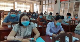 Tập huấn lấy mẫu, bảo quản, vận chuyển bệnh phẩm SARS-CoV-2