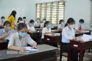 128 thí sinh vắng buổi thi môn Ngữ văn