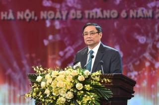 Thủ tướng: Trân trọng mọi đóng góp của người dân, doanh nghiệp trong cuộc chiến chống COVID-19