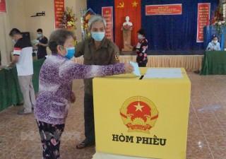 Giồng Trôm tổ chức thành công bầu cử đại biểu Quốc hội khóa XV và đại biểu HÐND các cấp. nhiệm kỳ 2021 - 2026