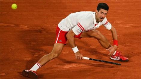 Djokovic biến Nadal thành cựu vương Roland Garros