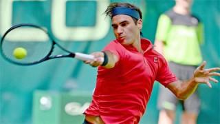 Federer thắng trận mở màn mùa sân cỏ 2021