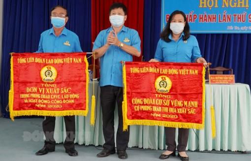 Hội nghị Ban Chấp hành Liên đoàn Lao động tỉnh lần thứ 9, khóa X