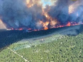 Cháy rừng bùng phát dữ dội, quân đội Canada được đặt trong tình trạng trực chiến