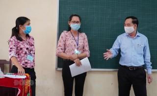 Chủ tịch UBND tỉnh Trần Ngọc Tam kiểm tra công tác thi tốt nghiệp THPT năm 2021
