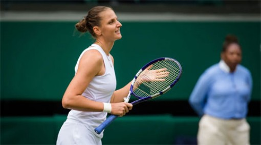 Ashleigh Barty đấu Karolina Pliskova ở chung kết đơn nữ Wimbledon 2021