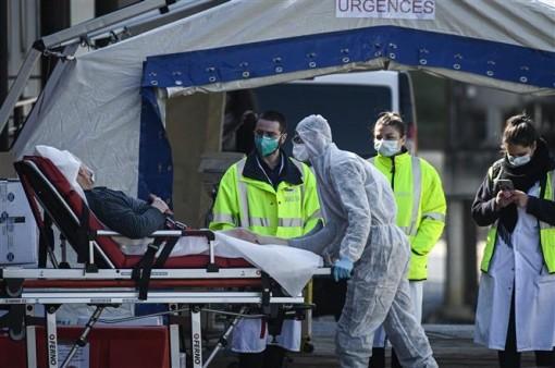 Indonesia ca lây nhiễm và tử vong mới cao nhất thế giới