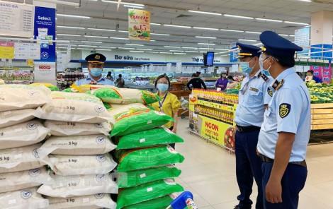 Đảm bảo cung ứng hàng hóa cho người dân