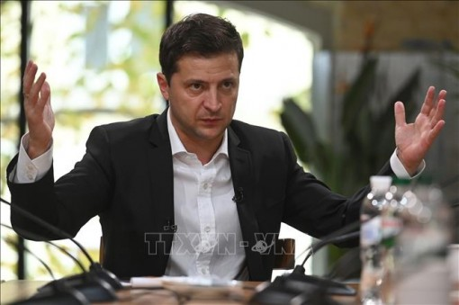 Tổng thống Ukraine cách chức người đứng đầu quân đội