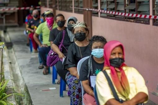 Malaysia ghi nhận số ca mắc mới COVID-19 cao nhất từ đầu dịch