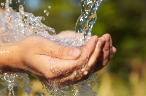 Giảm giá nước sạch sinh hoạt cho người dân bị ảnh hưởng bởi dịch COVID-19