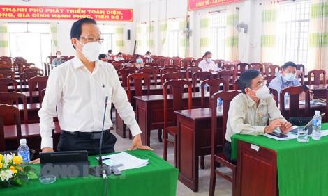 Thạnh Phú họp Ban Chỉ huy phòng, chống dịch Covid-19 trên địa bàn huyện