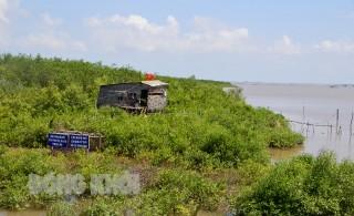 Khai thác tài nguyên gắn với bảo vệ môi trường biển