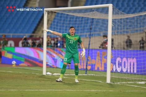 Đặng Văn Lâm gặp chấn thuơng, khó ra sân trận gặp Trung Quốc
