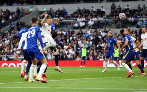 Thắng Tottenham, Chelsea nắm ngôi đầu