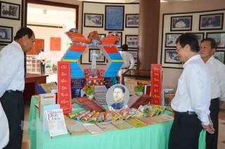 Phối hợp, hỗ trợ sưu tầm tư liệu, hiện vật, hình ảnh liên quan đến danh nhân Nguyễn Đình Chiểu