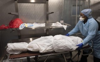 Vượt 5 triệu ca tử vong; Argentina tiêm vaccine Sinopharm cho trẻ từ 3 tuổi
