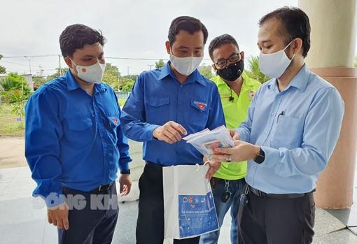 Tỉnh Đoàn Bến Tre tiếp nhận 500 túi thuốc an sinh chăm sóc F0 tại nhà