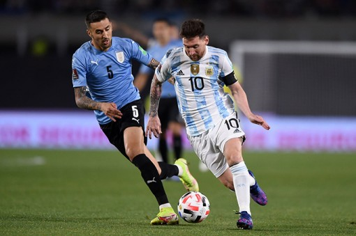 Messi giúp Argentina thắng to