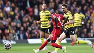 Salah lập siêu phẩm trước Watford, MU bại trận trước Leicester