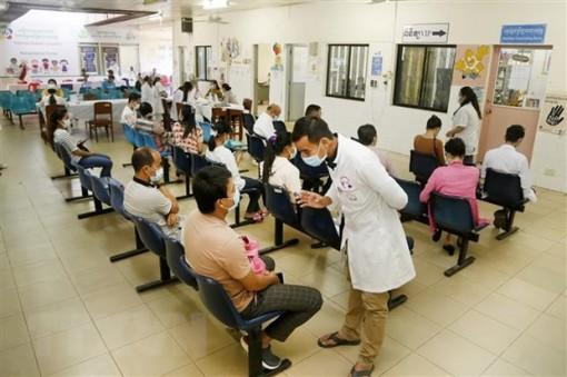 Campuchia đã đủ cơ sở để mở cửa trở lại toàn bộ nền kinh tế