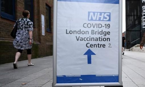 Người không tiêm vaccine có nguy cơ tái nhiễm COVID-19 nhiều lần