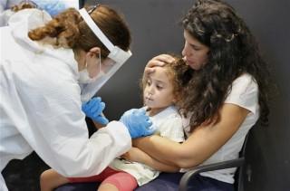 Thế giới xấp xỉ 243 triệu ca bệnh; dịch nóng trở lại ở châu Âu