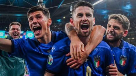 BXH FIFA tháng 10-2021: Italia vượt mặt Anh, Việt Nam tụt 3 bậc