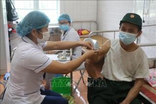 Ngày 24-10-2021, Việt Nam ghi nhận 4.045 ca nhiễm mới SARS-CoV-2, tăng so với ngày trước đó