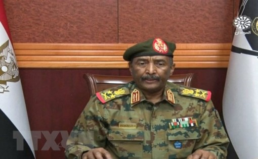 Sudan tuyên bố tình trạng khẩn cấp, giải tán chính phủ chuyển tiếp