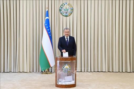 Tổng thống Uzbekistan Shavkat Mirziyoyev tái đắc cử