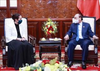 Chủ tịch nước Nguyễn Xuân Phúc tiếp Đại sứ New Zealand